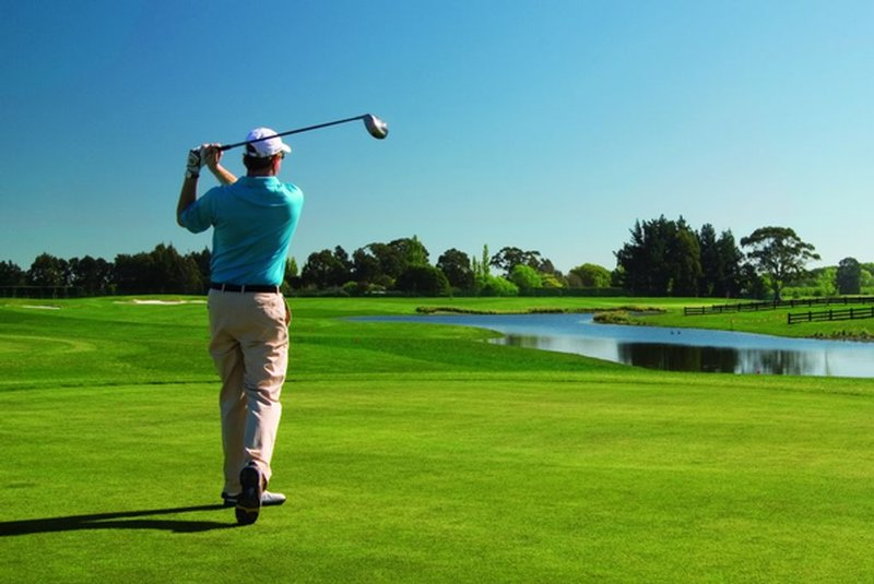 Thinking Of Playing Golf? Here's A Newbie's Guide!