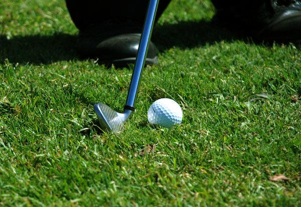 Kuna buƙatar Sabbin Kungiyoyin Golf? Dalilai 5 Don La'akari da Sayen Amfani