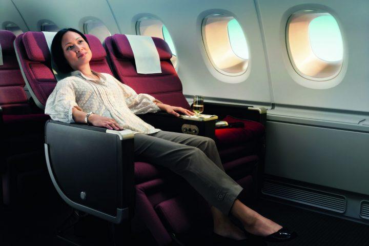 5 วิธีในการใช้จ่ายเที่ยวบินระยะยาวอย่างมีประสิทธิผลและน่าพึงพอใจ
