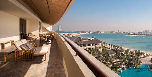 Why Stay Longer in Dubai