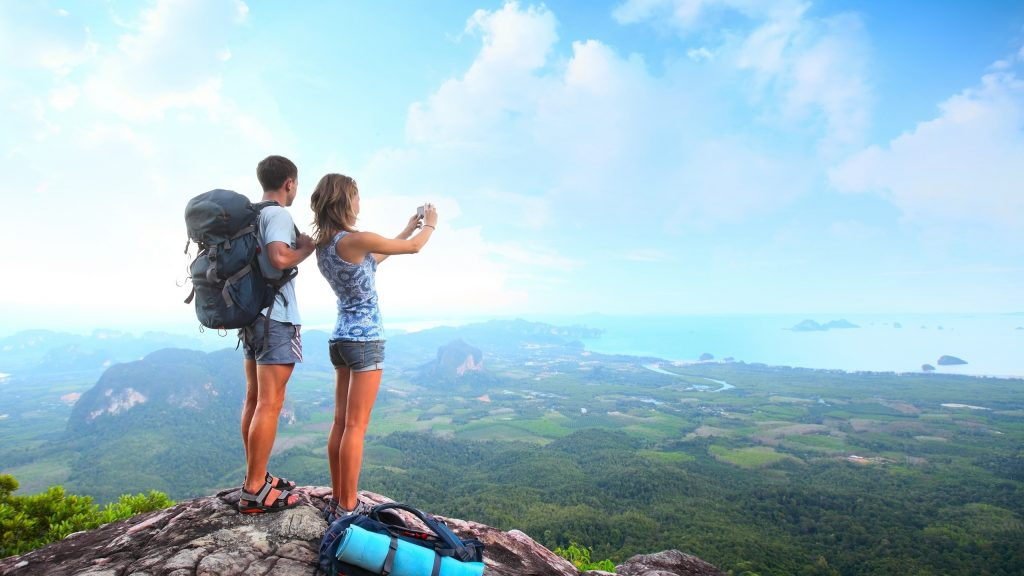 How To Travel Without Breaking The Bank