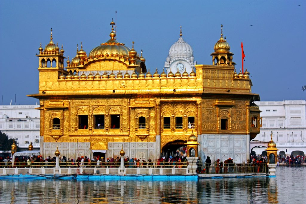 A Pilgrimage To The Soulful Atmosphere Of The Golden Temple