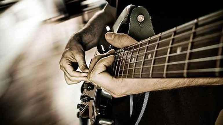 Improve Your Guitar Playing Skills With One Of The Best Guitar Teachers In USA!