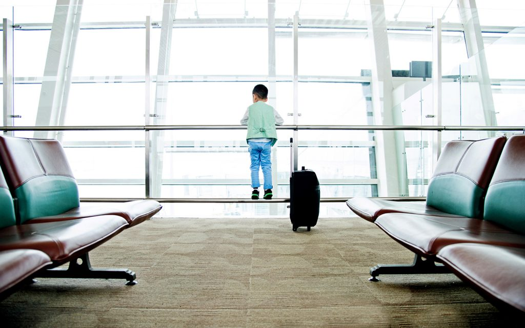 10 Travel Hacks To Make Your International Trip Easier