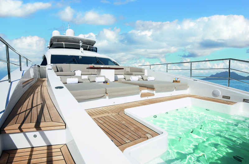 Built For Speed - Benetti Veloce M/Y CHEERS 46 - Is For Sale