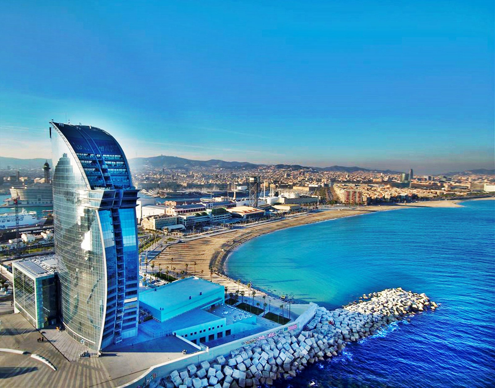 Must See Best Tourist Attractions In Barcelona