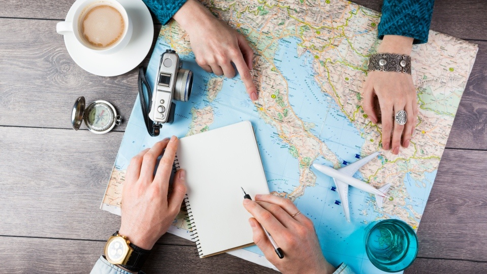 TRAVEL NEWS : THE HONEST GUIDE TO MAKING MONEY AS A FREELANCE TRAVEL WRITER/BLOGGER