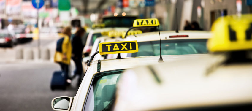 Why You Should Pre-Book A Taxi before Arriving At The Airport