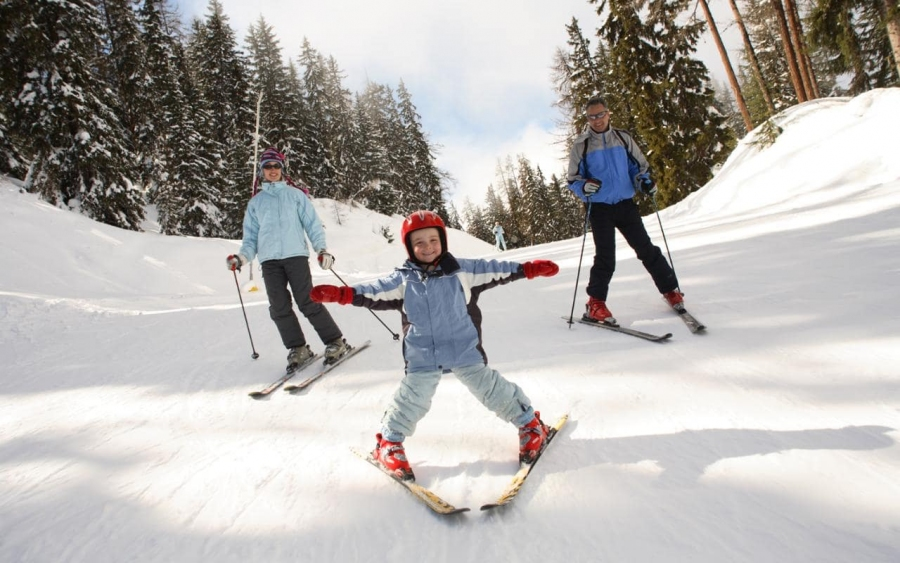 Top 10 Best Winter Holiday Places For Families