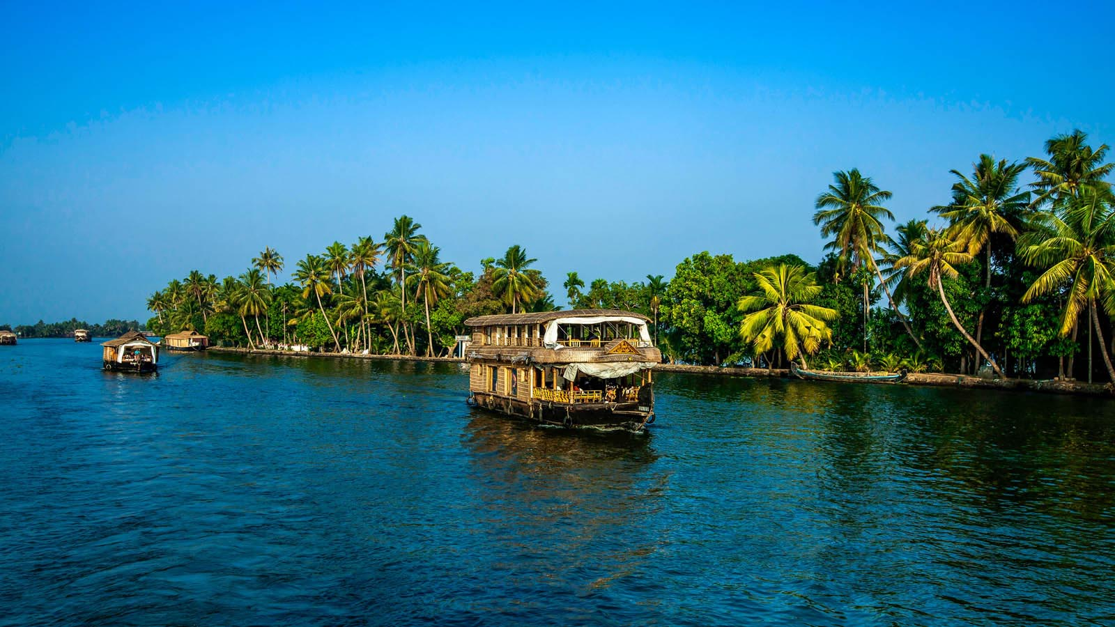 Kerala Tour Packages A Complete Overlook Of Mighty Kerala
