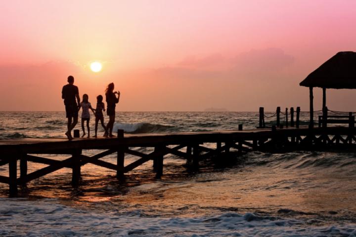 Гэр бүлийнхээ амралтыг мартагдашгүй болгох 4 арга
